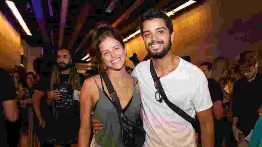Agatha Moreira e Rodrigo Simas na estréia VIP do musical Meu Destino é Ser Star no Teatro Riachuelo  - Felipe Panfili/Divulgação