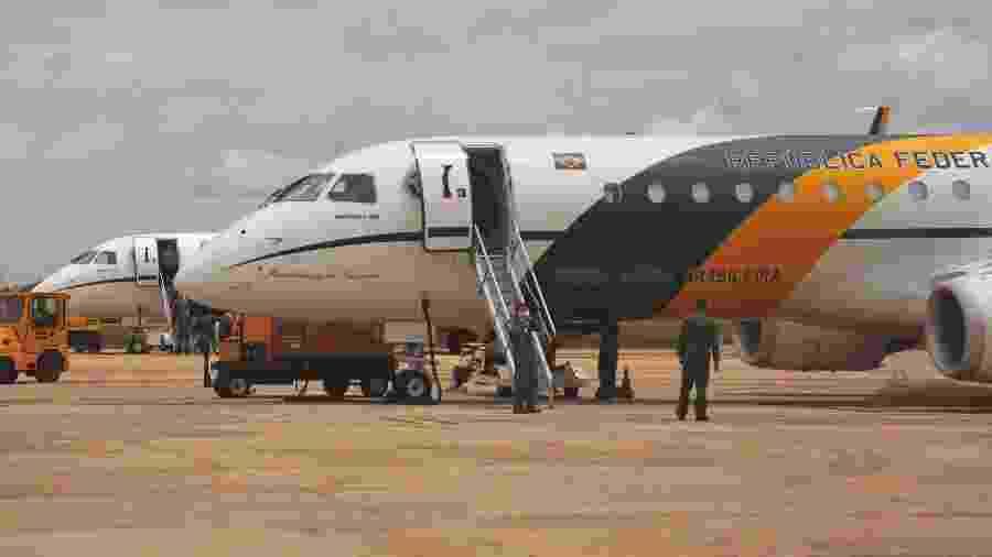 Dois aviões Embraer 190 da Força Aérea Brasileira decolam da Ala 1 da Base Aérea de Brasília (DF) - Fatima Meira/Futura Press/Estadao Conteudo