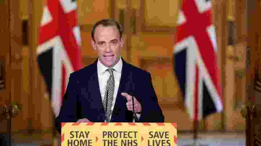 Dominic Raab, ministro das Relações Exteriores do Reino Unido, na coletiva sobre o coronavírus  - Andrew Parsons/10 Downing Street/Handout via Reuters
