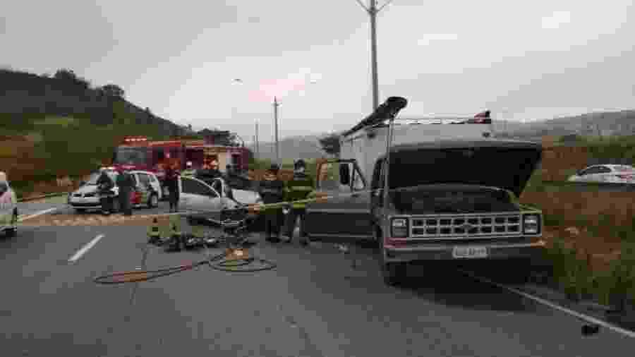 05.jul.2020 - Acidente com mortos e feridos em Mauá - Divulgação/Corpo de Bombeiros