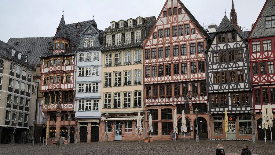 Alemanha adota plano de suspensão progressiva do confinamento - Kai Pfaffenbach/Reuters