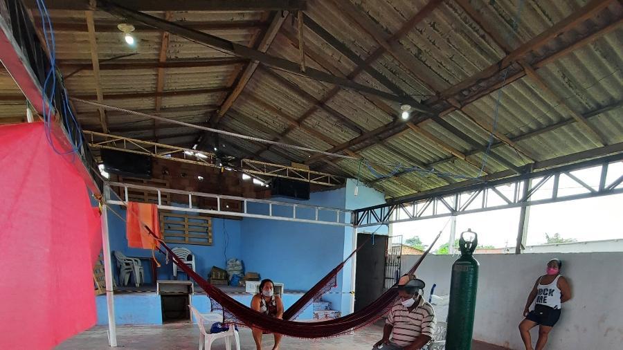 Hospital de campanha montado para atendimento de índios em Manaus - Rosiene Carvalho/UOL