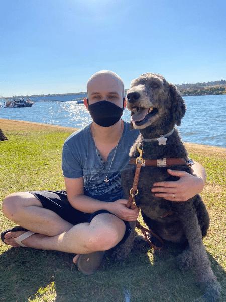 Ricardo Skrebsky, de 27 anos, ganhou indenização por caso de 2019; ele conta que já teve outras viagens recusadas por conta de cão-guia - Reprodução/Arquivo Pessoal