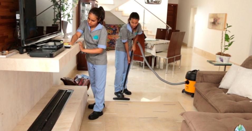 Franquia Clear Clean. Rede atua na área de higienização e limpeza