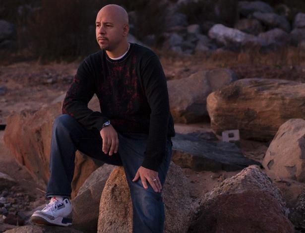 Pedro Correa e sua família perderam praticamente tudo o que tinham após o furacão Sandy