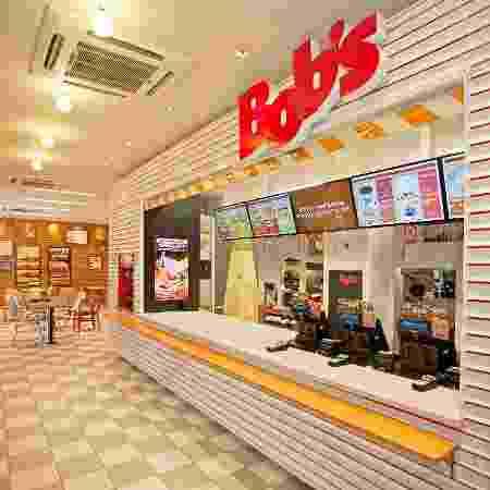 """A B2W anunciou hoje que fechou uma parceria com a rede de fast food Bob""""s - Divulgação"""