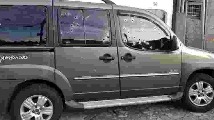Carro em que estava o policial da Rota foi atingido por tiros de fuzil - Divulgação/Polícia Civil