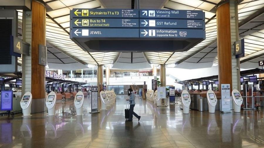 A direção do aeroporto Changi, em Singapura, fez um alerta sobre temores que o futuro reserva para o setor - Getty Images