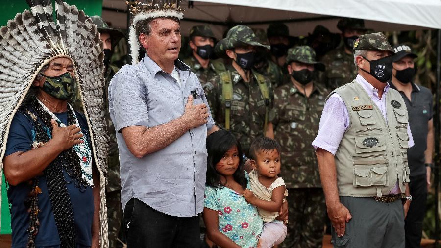 O presidente Jair Bolsonaro (sem partido) em visita à reserva indígena em São Gabriel da Cachoeira, no Amazonas - Marcos Correa/REUTERS