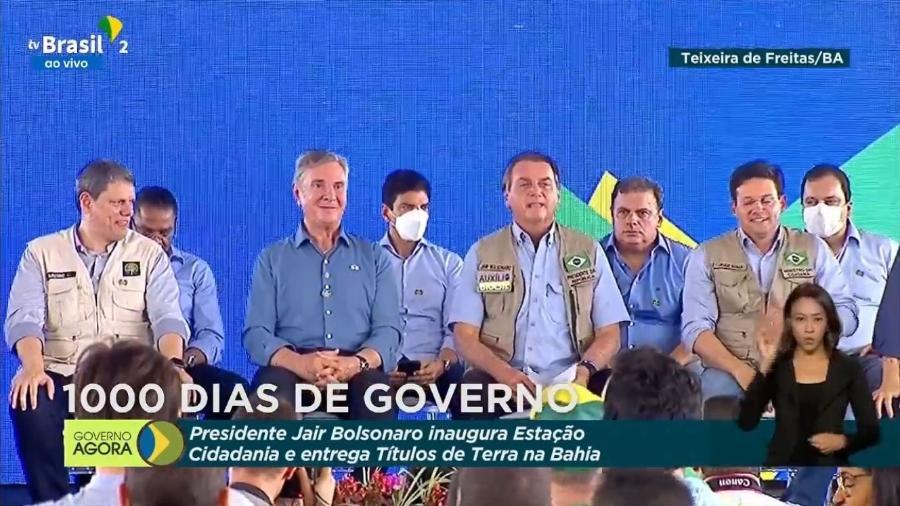 Jair Bolsonaro ao lado de Fernando Collor em evento em Teixeira de Freitas (BA) - Reprodução/TV Brasil