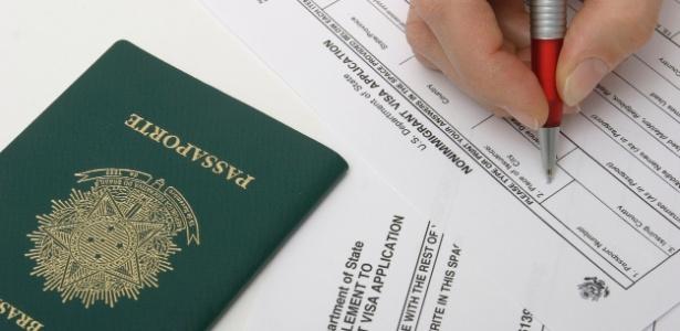 Novo questionário para aprovação de visto inclui perguntas sobre o perfil no Facebook, Twitter e outras redes sociais dos candidatos