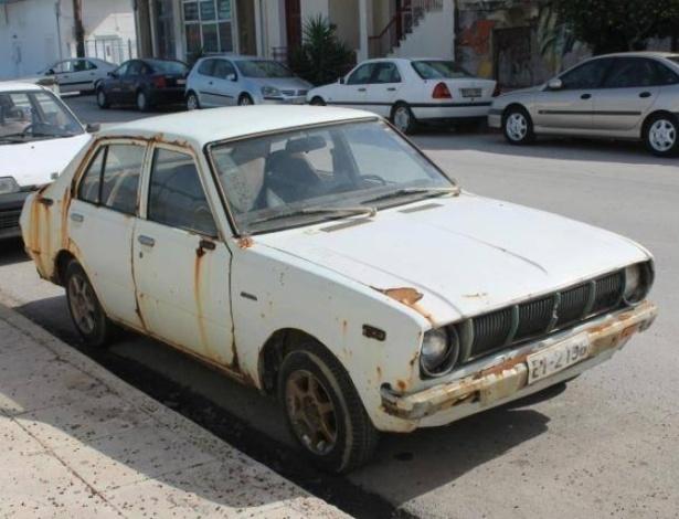 O alemão esqueceu o carro na garagem de uma antiga fábrica e só o encontrou 20 anos depois