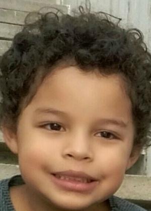 Arthur, 5, morreu no Réveillon vítima de uma bala perdida
