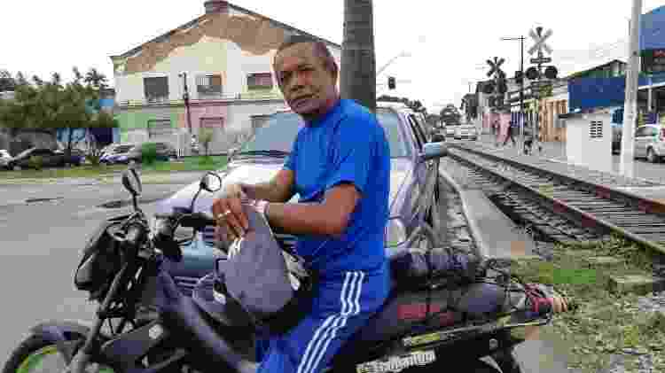 O armador José Cícero da Silva, 60, morador de Rio Largo (AL) - Carlos Madeiro/UOL