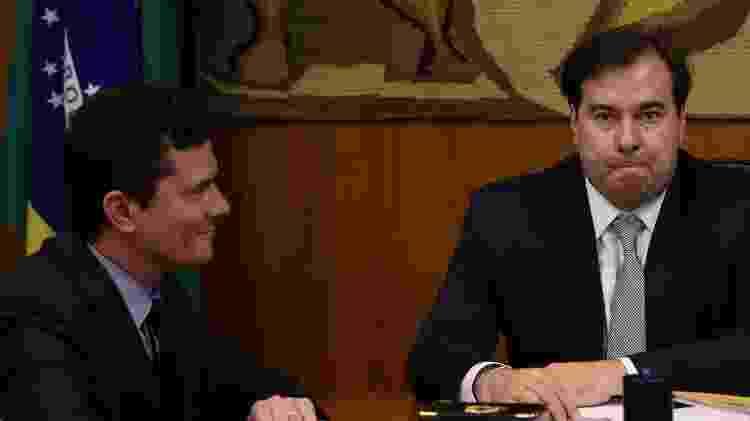 O ministro Sergio Moro e o presidente da Câmara, Rodrigo Maia, no dia da entrega do pacote, encabeçado pelo ex-juiz, anticrime ao Congresso - Pedro Ladeira - 19.fev.19/Folhapress - Pedro Ladeira - 19.fev.19/Folhapress
