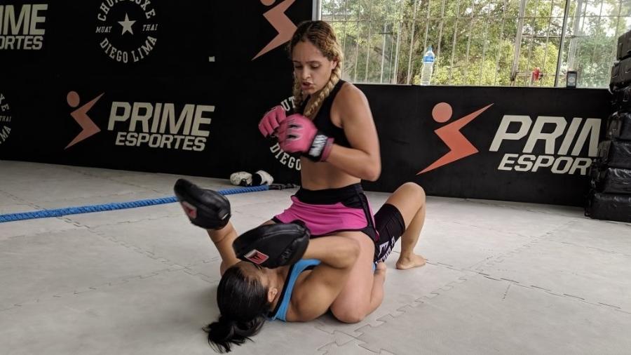 A lutadora de MMA Vitória Aquino é uma das atletas em busca de patrocínio destacadas pelo AtletasNow - Reprodução/ AtletasNow