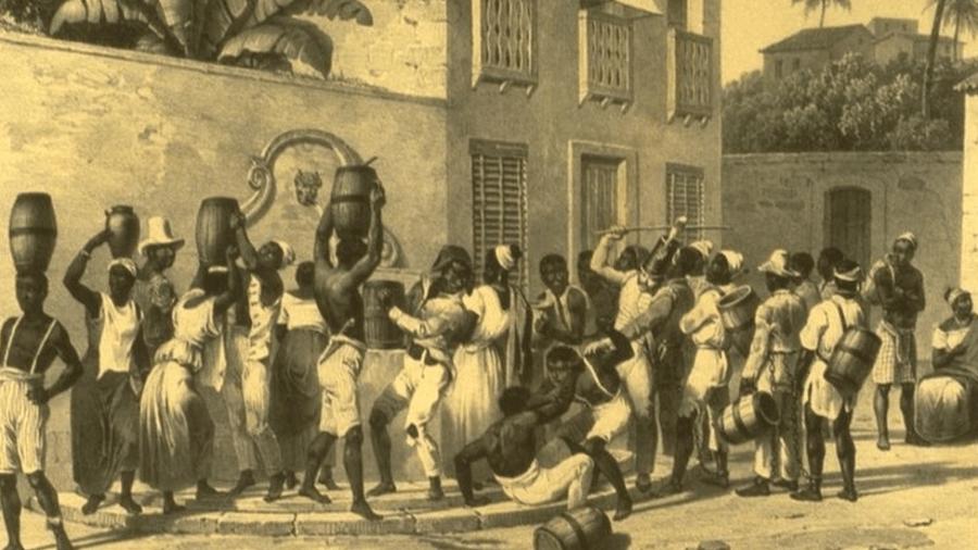 Escravizados urbanos coletando água no Brasil da década de 1830 - Johann Moritz Rugendas/Slavery Images