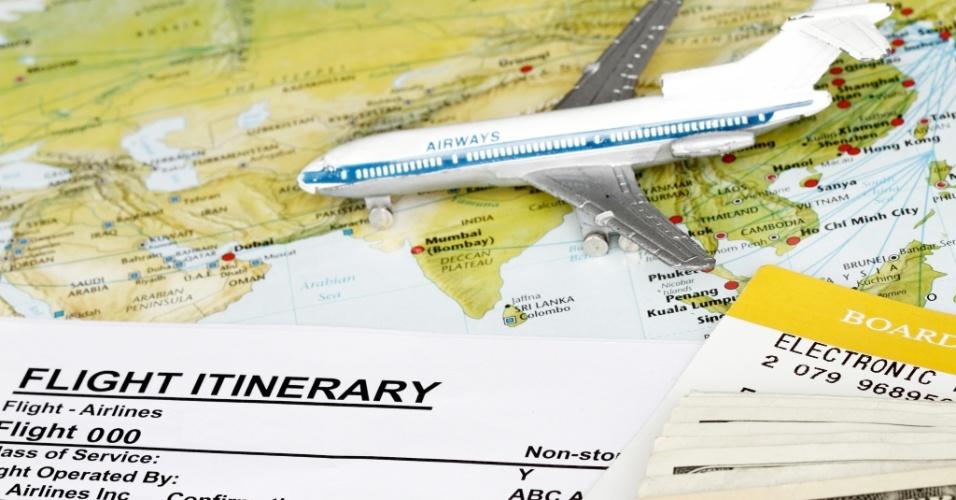 Passagem aérea, viagem, turismo, bilhete aéreo, passagem de avião
