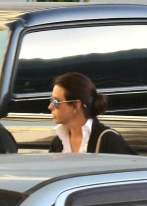 6.nov.2016 - Adriana se entregou à Justiça na tarde de terça-feira