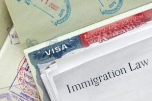 Embaixadas dos EUA são ordenadas a identificar grupos para triagens mais rígidas de vistos (Foto: Getty Images/iStockphoto)