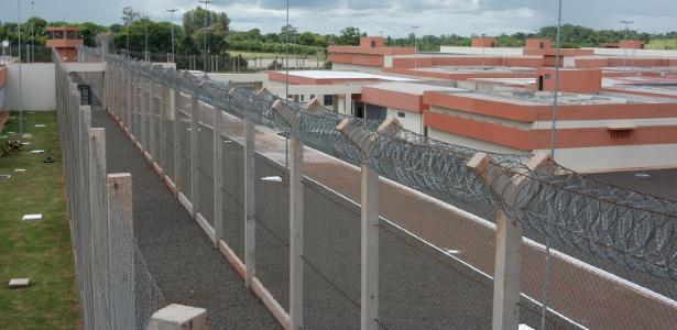 Imagem externa do presídio de segurança máxima de Campo Grande, para onde será levado Sergio Cabral