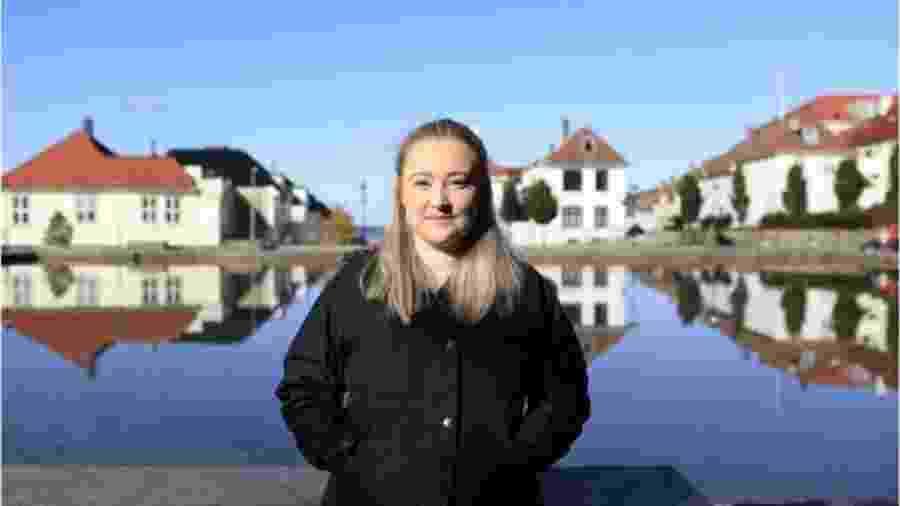 Ingebjørg Blindheim, 22, da Noruega - BBC