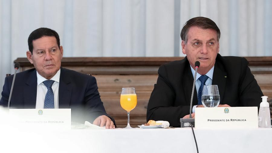 Hamilton Mourão e Jair Bolsonaro durante reunião em junho de 2020; relação entre os dois esfriou nos últimos meses - Marcos Corrêa/Presidência da República