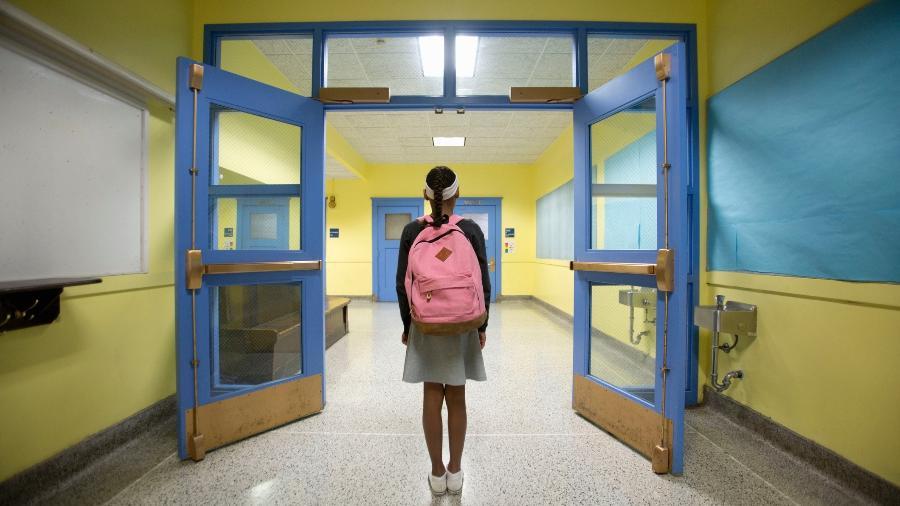 Volta às aulas está prevista para o começo deste ano; veja sugestões para a lista de material escolar - Getty Images