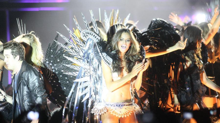 Edição de 2010 do Monange Dream Fashion Tour, em São Paulo  - André Vicente/Folhapress