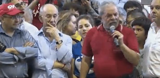 O ex-presidente Lula discursa em evento no Sindicato dos Bancários de São Paulo