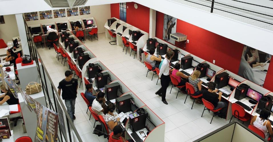 Sala de aula de uma unidade da franquia Prepara Cursos, de cursos profissionalizantes