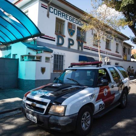 05.jul.2017 - Movimentação na Corregedoria da PM, durante operação contra policiais acusados de corrupção - Bruno Rocha/Estadão Conteúdo