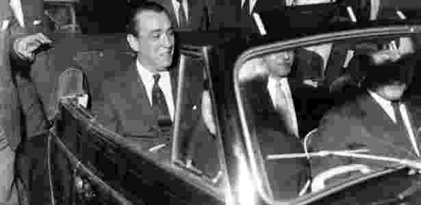 JK na inauguração da fábrica da Volkswagen em São Bernardo do Campo (SP), em 1959 - Acervo UH/Folhapress