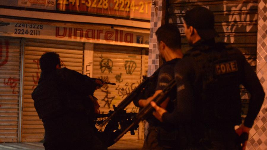 Policiais civis fazem operação nas comunidades do Jacarezinho e Manguinhos  - 06.jan.2019 - ERBS Jr./Framephoto/Estadão Conteúdo