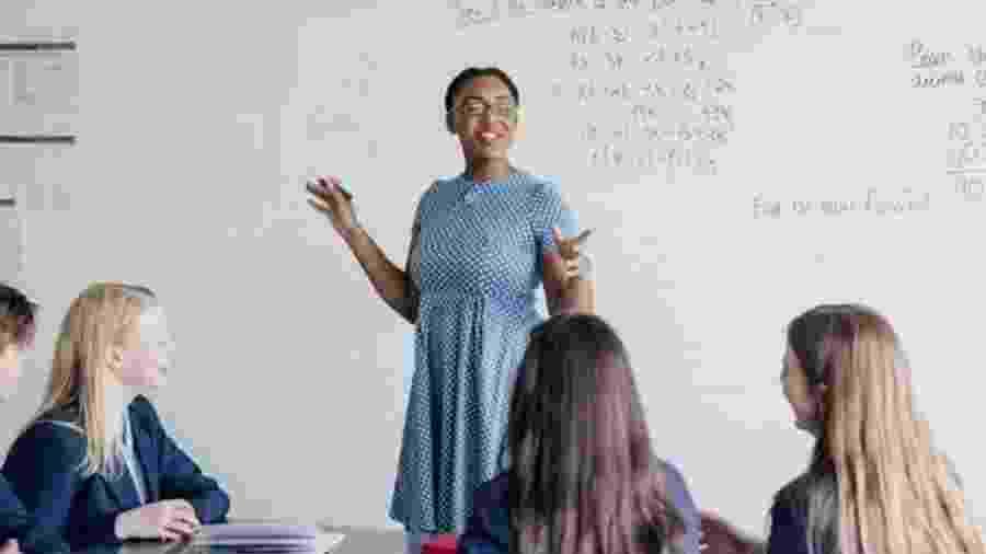 O ensino com base em competências não tem divisão em disciplinas como o método tradicional - Getty Images/BBC
