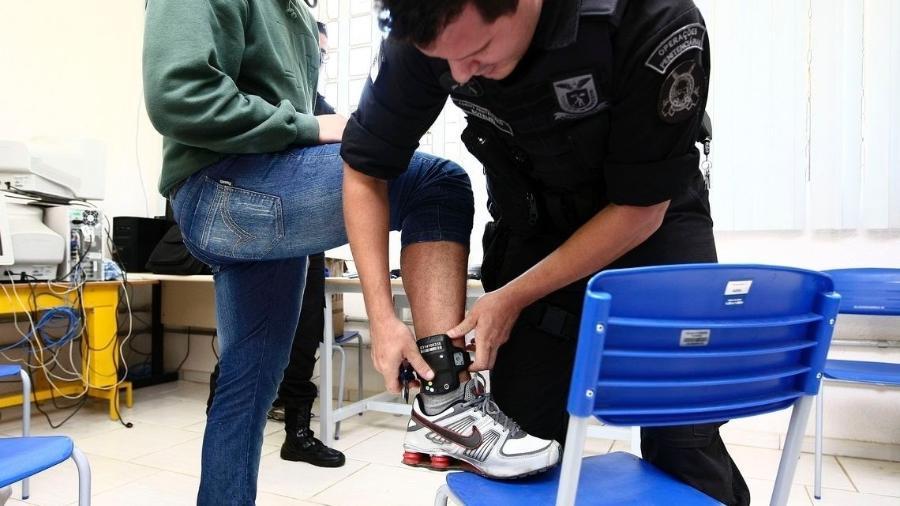 Agressores em casos de violência doméstica poderão ser monitorados de forma eletrônica - Secretaria de Justiça do Paraná/Divulgação