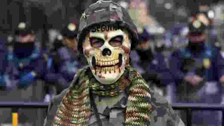 Segundo relatos dos soldados, 'erradicar' é um verbo usado para fazer referência à morte, diz Rea - Yuri Cortez/AFP/Getty Images
