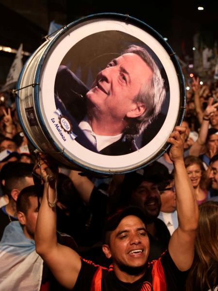 Eleitores de Alberto Fernández comemoram vitória na eleição - REUTERS/Ricardo Moraes