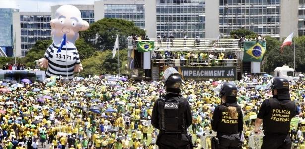 'Pixuleco' durante manifestação na Esplanada dos Ministérios, em Brasília, em manifestação pró-impeachment realizada no dia 13 de março