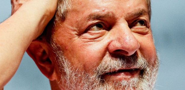 """Para o NYT, """"a quantia de dinheiro da qual Lula é acusado de receber não é nada comparado ao que outros [políticos] foram acusados de receber nos últimos anos"""""""