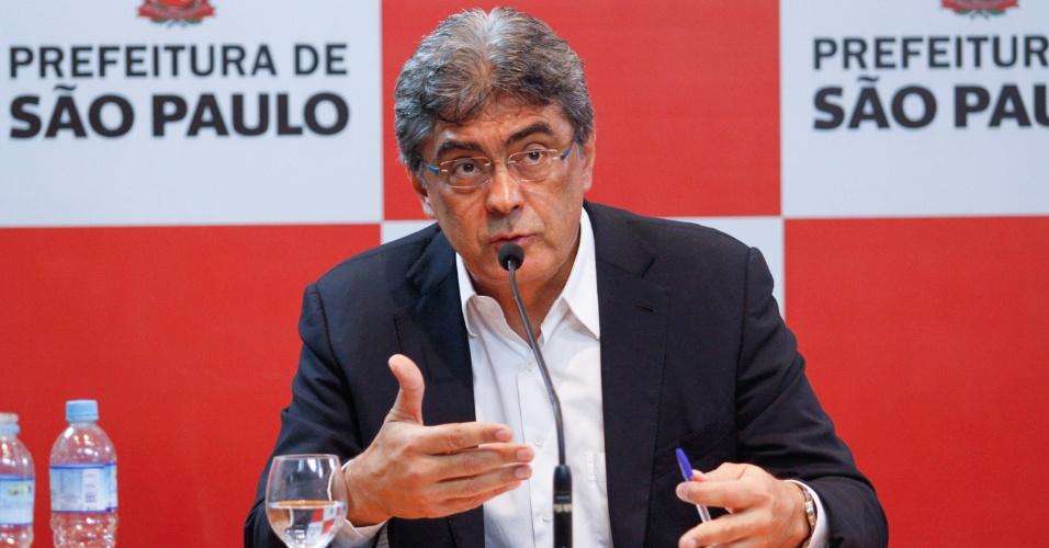 18.out.2016 - O ex-deputado Julio Semeghini, coordenador da equipe de transição do tucano João Doria