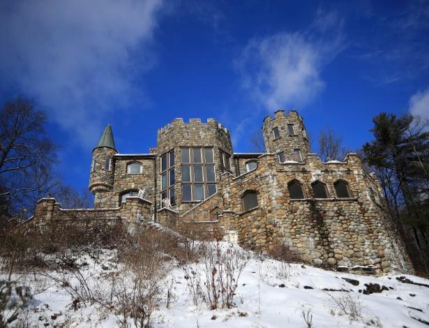 26.jan.2017 - Highlands Castle, que está à venda por US$ 12,8 milhões (R$ 39,6 miilhões), em Bolton Landing, NY