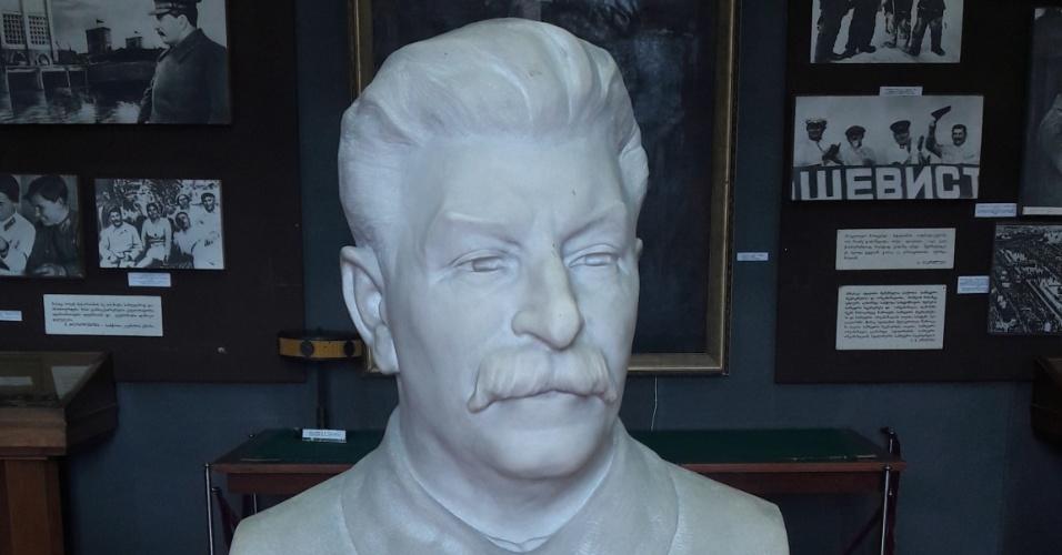 Busto de Stalin, no museu em Gori