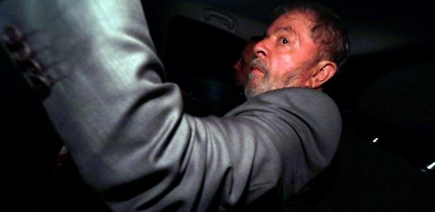 O ex-presidente Lula chega a São Bernardo do Campo (SP) após decisão do STF