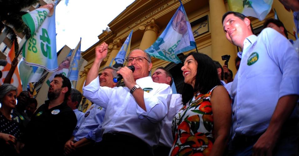 1.out.2018 - O candidato à presidência da República pelo PSDB, Geraldo Alckmin faz caminhada e campanha em Campinas (SP), nesta segunda-feira (01). Concentração no Calçadão da Treze de Maio