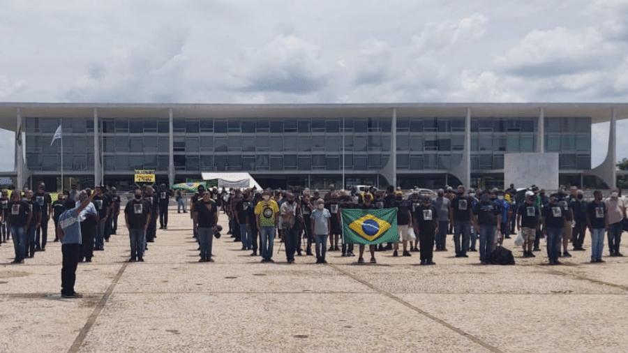 Militares da reserva protestam contra Bolsonaro - Divulgação