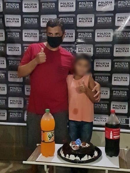 Policiais buscaram pai da criança em Muriaé (MG) - Divulgação/Polícia Militar
