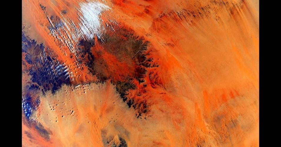 2.mar.2016 - Da Estação Espacial Internacional, Scott compartilhou imagens fantásticas da Terra em suas contas de Twitter e Instagram, além de vídeos mostrando a rotina no Espaço