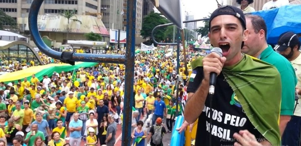 """Dennis Heiderich diz que a democrata Hillary Clinton é a """"Dilma americana"""""""