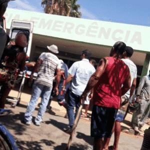 5.out.2017 - Feridos após incêndio em creche chegam a hospital de Janaúba (MG) - Reprodução/WhatsApp